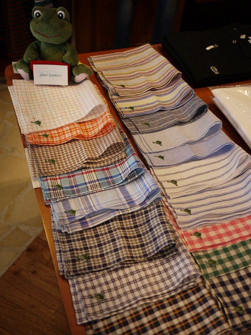 hankies sP1520361-010.JPG